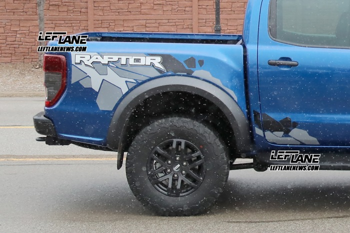 Ranger Raptor Road Shots - image 11