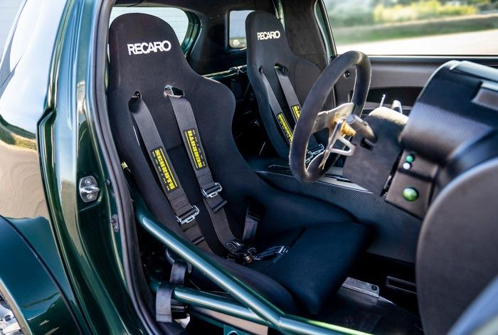 Aston Martin V8 Cygnet - image 4
