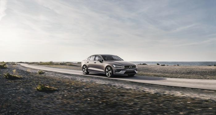 Volvo S60 2019 - image 5