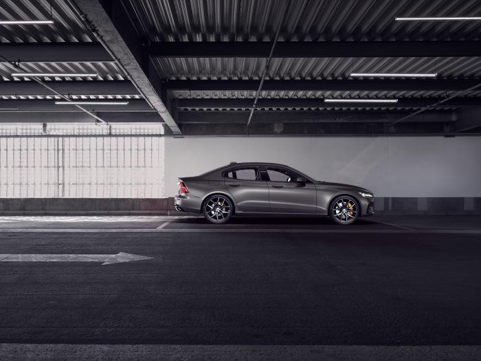 Volvo S60 2019 - image 20