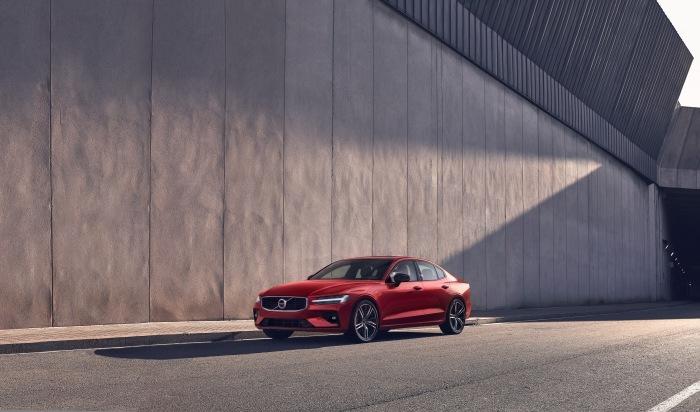 Volvo S60 2019 - image 30
