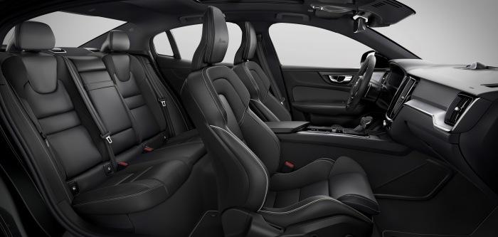 Volvo S60 2019 - image 37