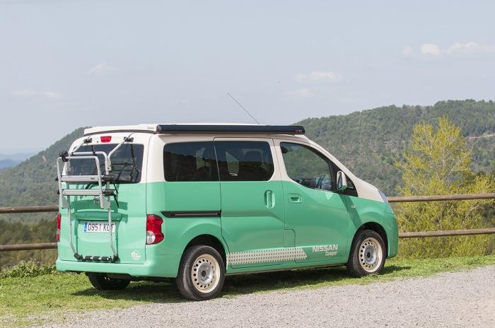 Nissan NV Camper - image 2