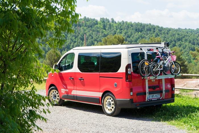 Nissan NV Camper - image 15