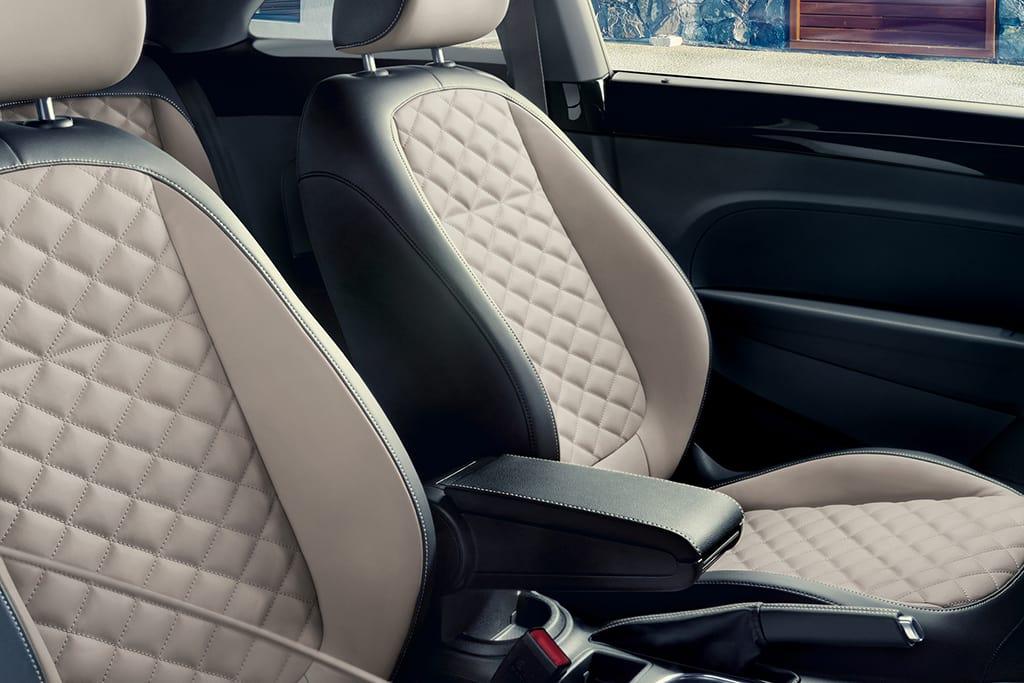 19_Volkswagen_Beetle_Final_Edition_6.jpg