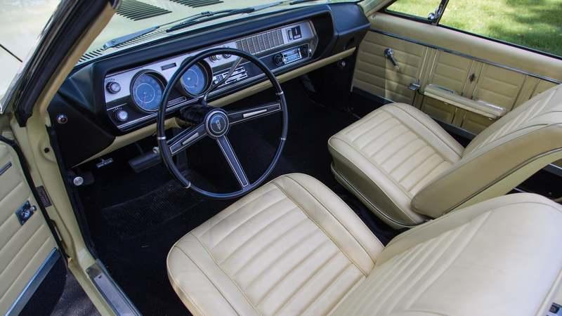 1967 Oldsmobile 442 Convertible - image 803573