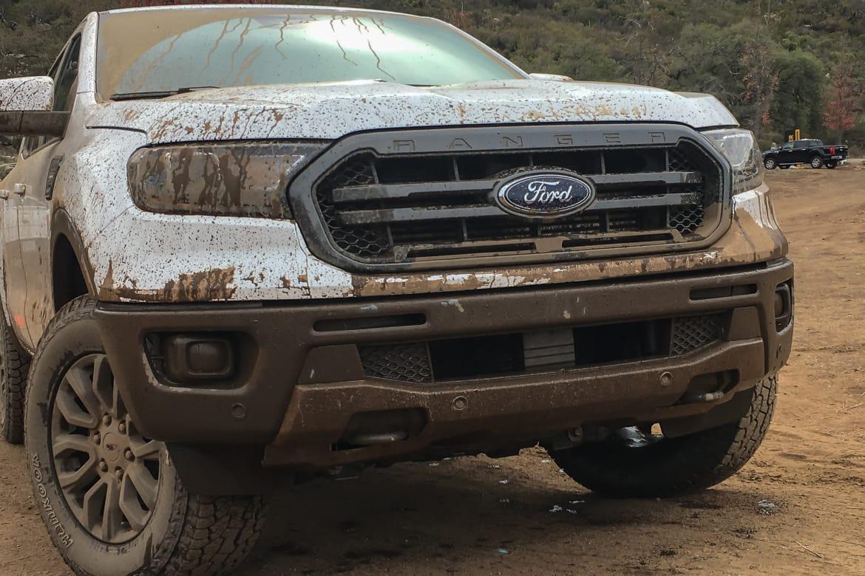 04-ford-ranger-2019-detail--front--grille--off-road.jpg
