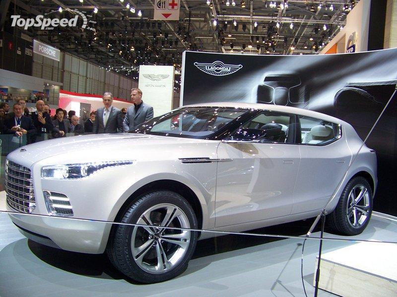 2020 Aston Martin Lagonda SUV Exterior AutoShow - image 379695