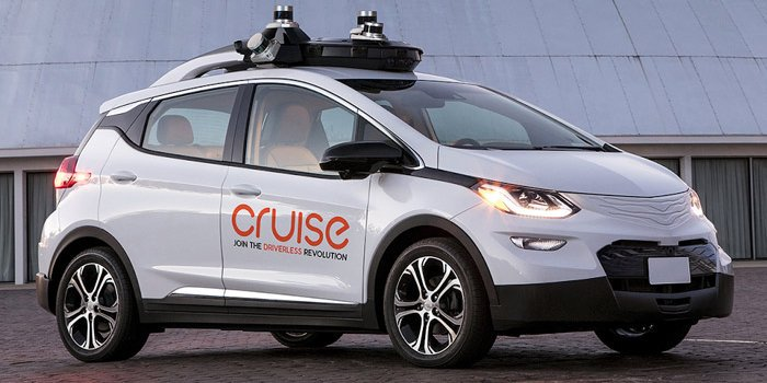 Cops say self-driving Chevy Bolt drove too close to pedestrian