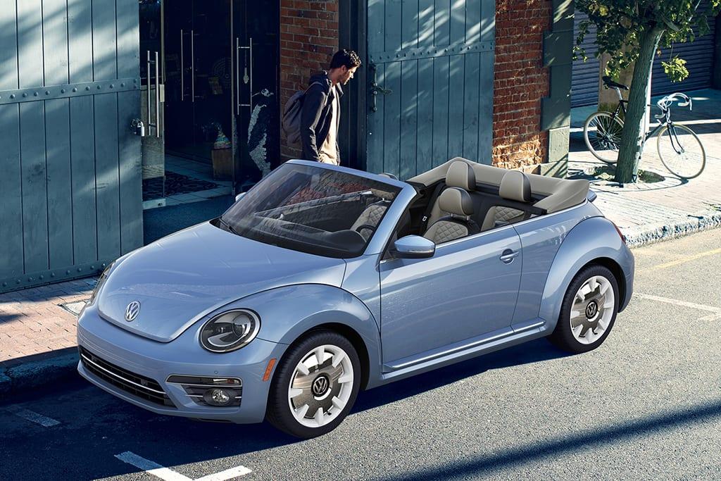 19_Volkswagen_Beetle_Final_Edition_2.jpg