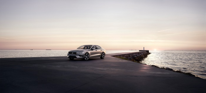 Volvo S60 2019 - image 1